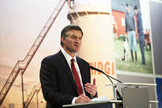 Enbridge CEO sees opportunities in changing energy landscape