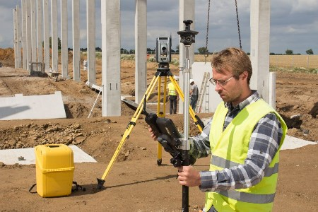 Trimble announces new field solutions for land and construction surveying