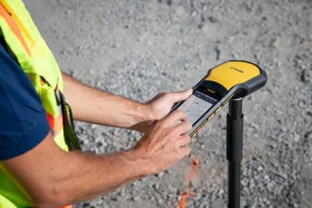 Trimble announces high-accuracy field solution for GIS applications