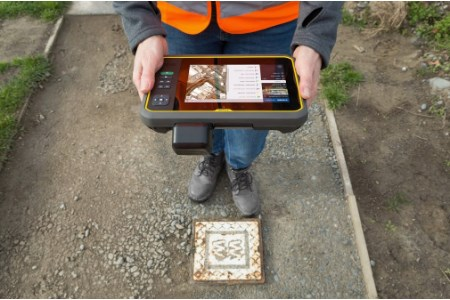 New tablet for geospatial field applications