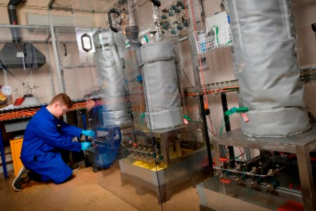 Oil and gas industry to benefit from new Cambridge-based permeation and ageing laboratory